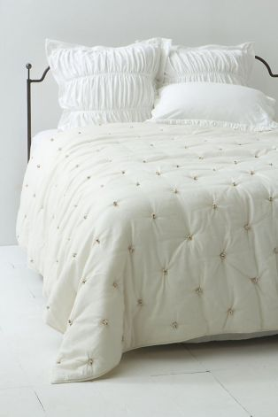 Tufted quilts take comfort to new heights | My Craft Room and Future ...