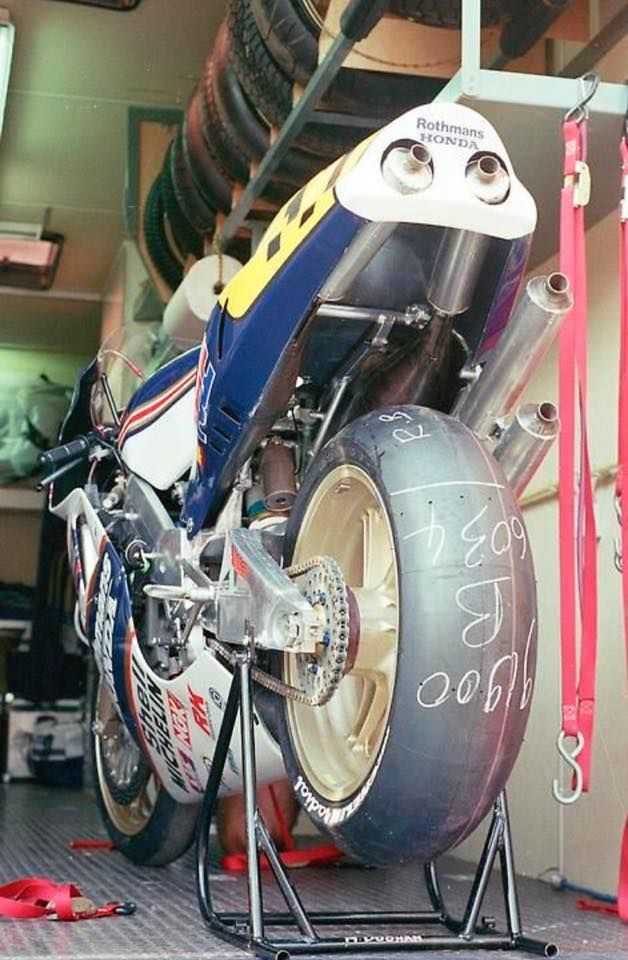 Michelin Radial Slick Tyres Michael Doohan S Rothman S Honda 500 Racing Bikes Racing Motorcycles