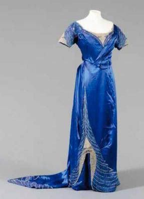 Edwardian Fashion 1900 to 1920 :: 1907 Worth Sothebys image by charleybrown77 - Photobucket
