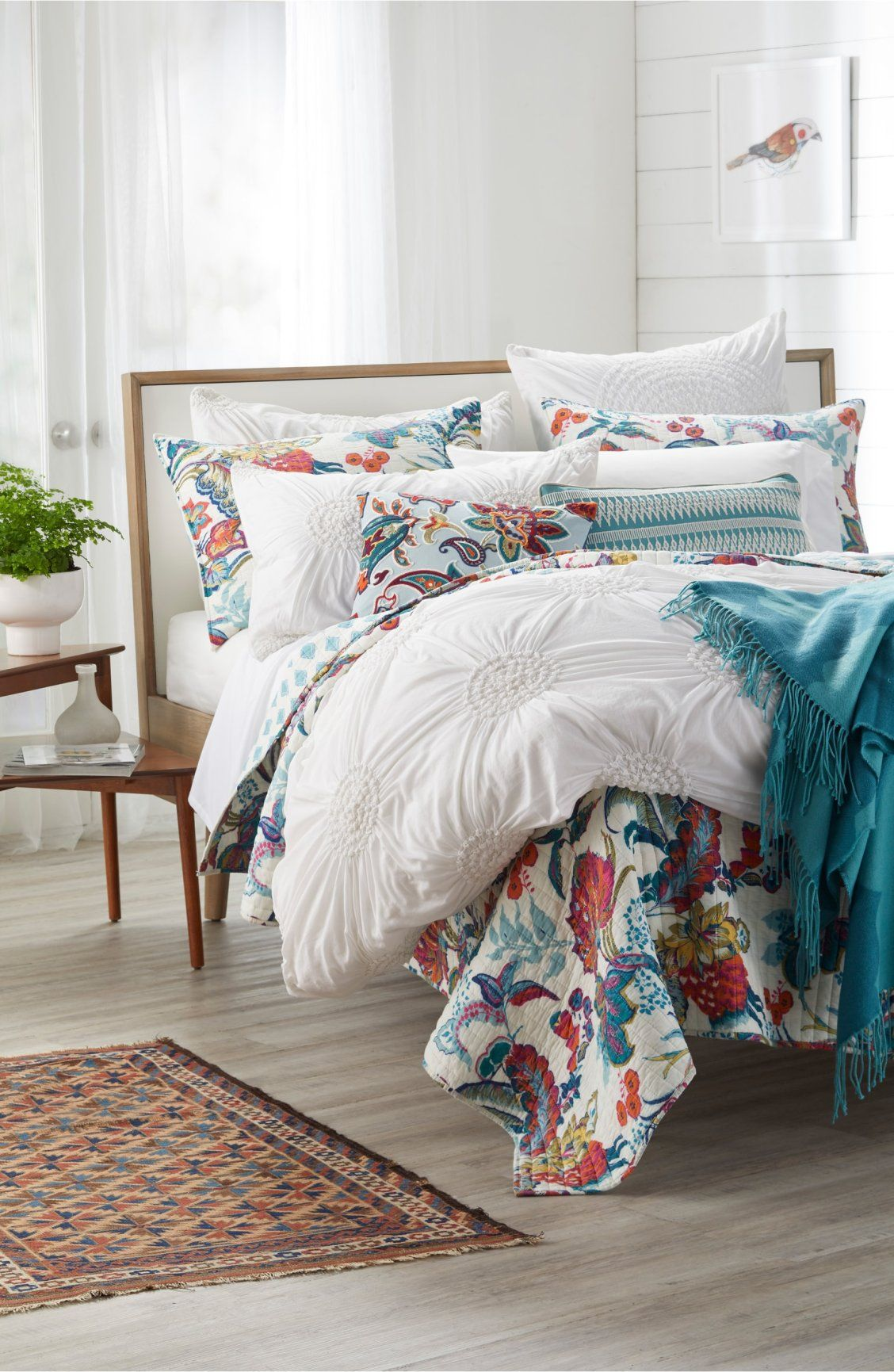 This Lightweight Cotton Quilt Reverses From A Vintage Floral Pattern
