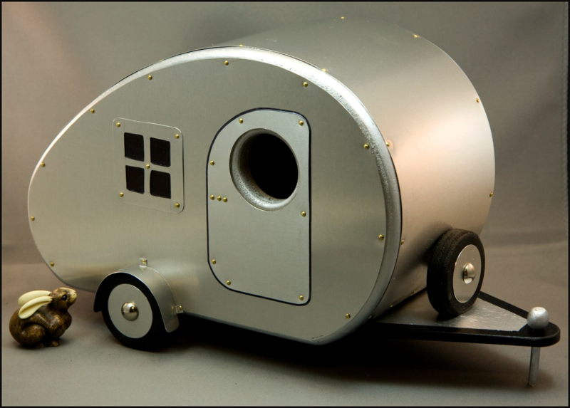 Travel Trailers for Birds - HAPPINESS IS...