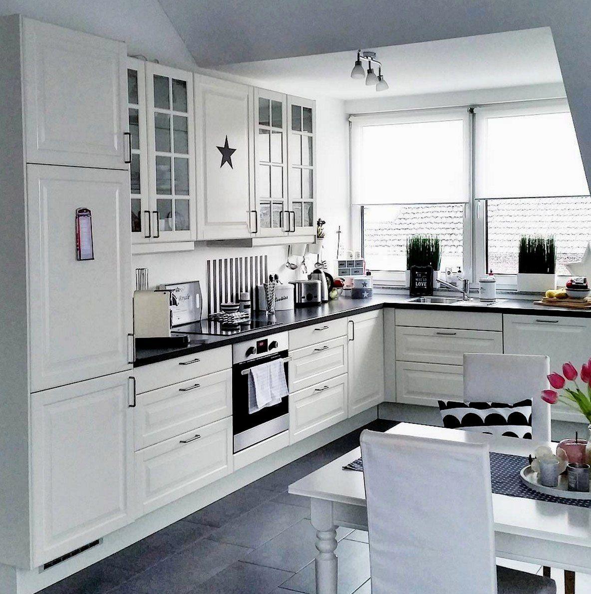 16 Kuche Landhausstil Ikea In 2020 Minimalist Kitchen Design Kitchen Design Small White Kitchen Design