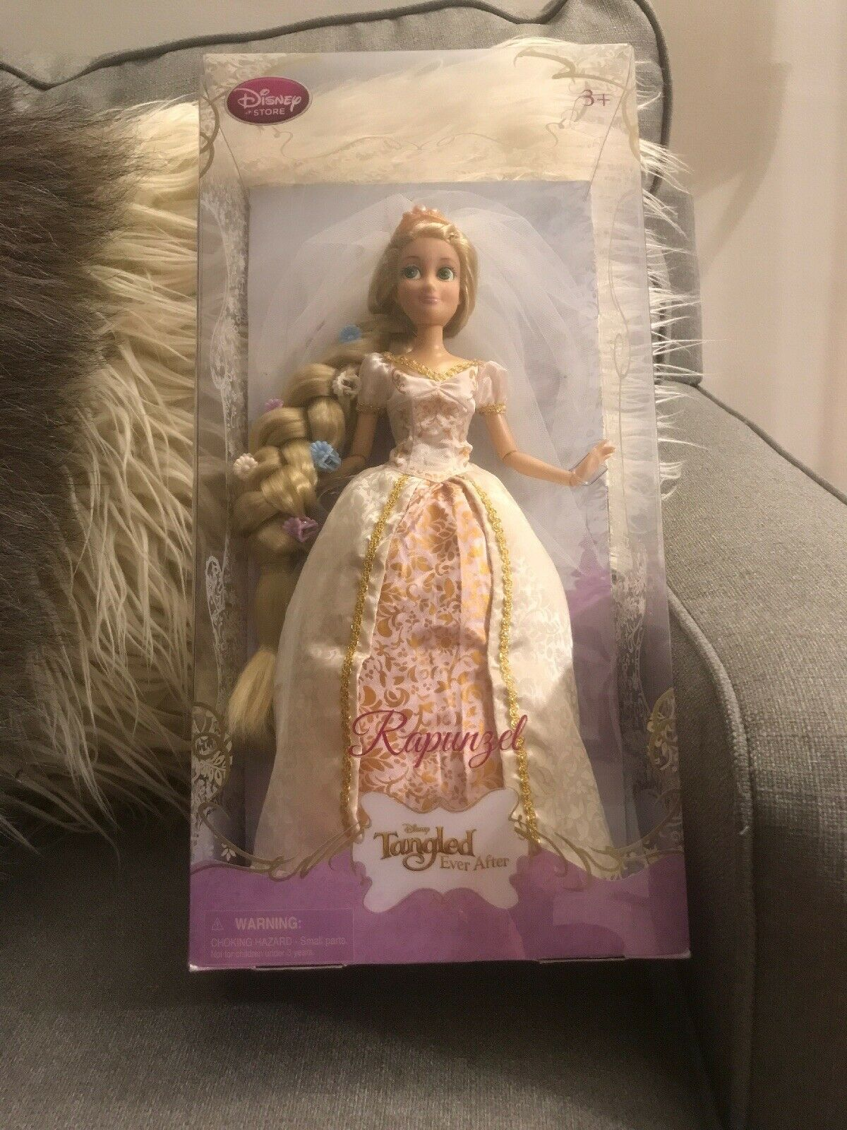 Disney Exclusive Tangled Ever After 12 Inch Rapunzel Wedding Doll Flower In Hair Hair Tangles Ideas Of Hair Tangles In 2020 Rapunzel Wedding Wedding Doll Tangled