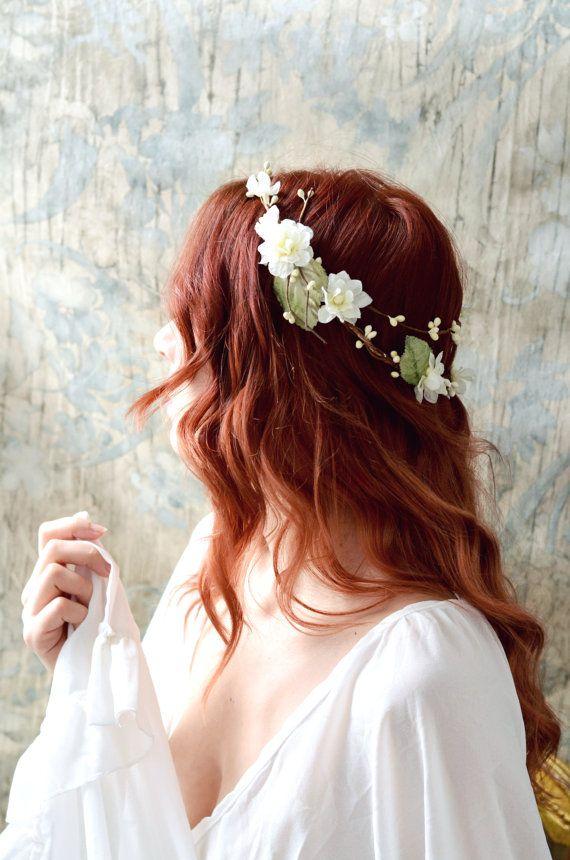 Couronne de fleur rustique, couronne de mariée en ivoire, couronne boho chic, couronne florale, accessoires de cheveux de mariage, couronne de cheveux bois, cercle de mariée