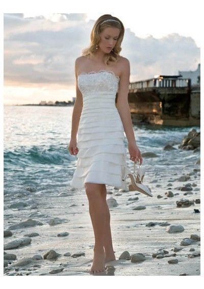 Short simple wedding dress <3 Might be the one!   clothing ...