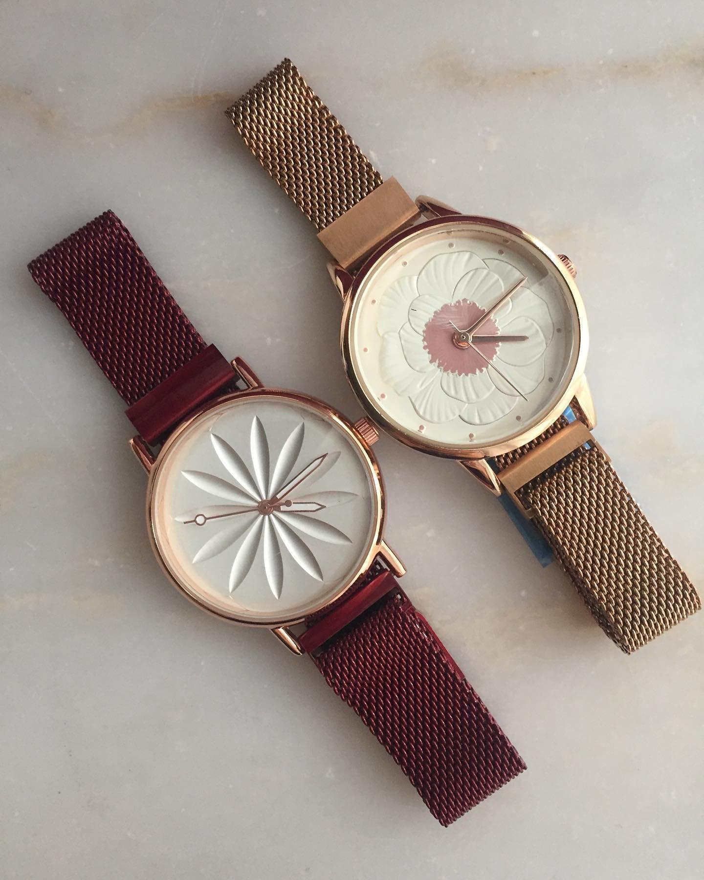 Tukendi Hasir Kordon Miknatisli Kilit Bayan Kol Saati Vintage Vintagesaat Vintagewatch Saat Saatler Saatmodeller In 2020 Bracelet Watch Accessories Watches