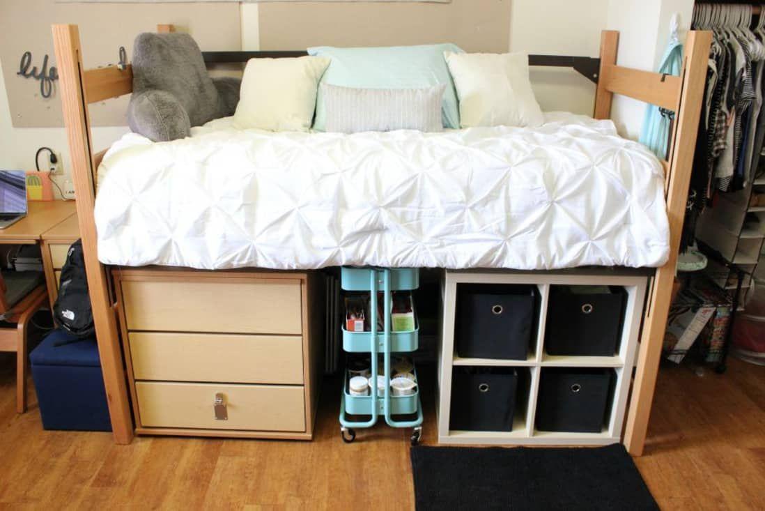 A Dozen Tips for a Super-Organized Dorm Room | Apartment Therapy