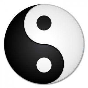 Bei dem chinesischen Yin und Yang Zeichen handels es sich um eine Punktsymmetrische Figur.