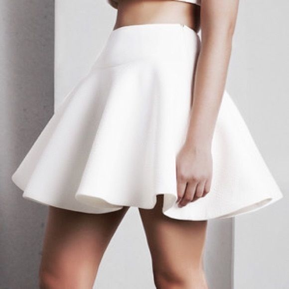 fd1182d069 Shop Women's Body Central White size S Circle & Skater at a discounted  price at Poshmark. Description: This beautiful clean white skater skirt is  absolutely ...