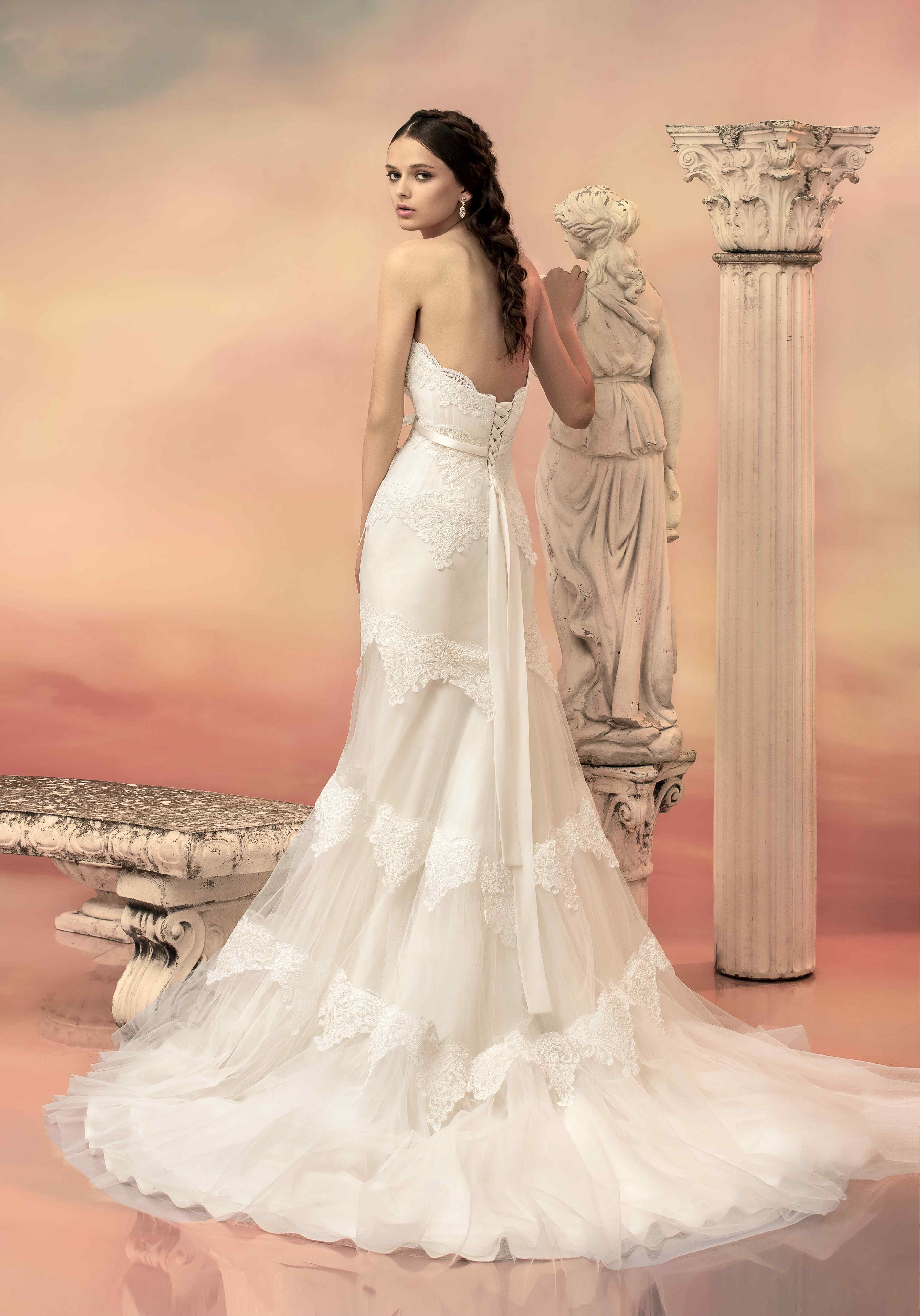 Another beautiful lace mermaid wedding dress from Papilio \