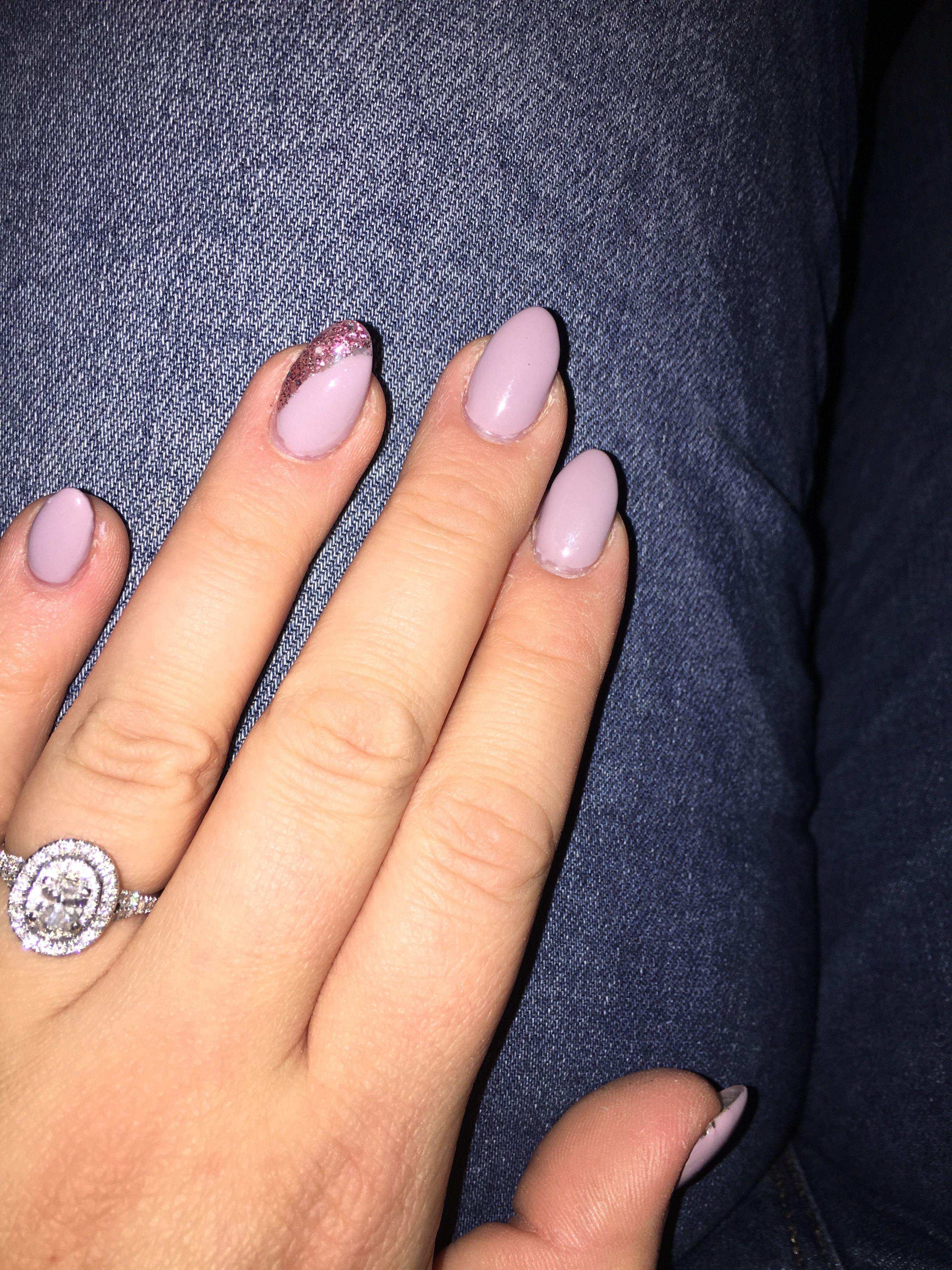 Almond Shaped Nails Color Short N Sweet Gel Polish Rose Gold Glitter Border Nail Shapes Glitter Nails Acrylic Fall Acrylic Nails
