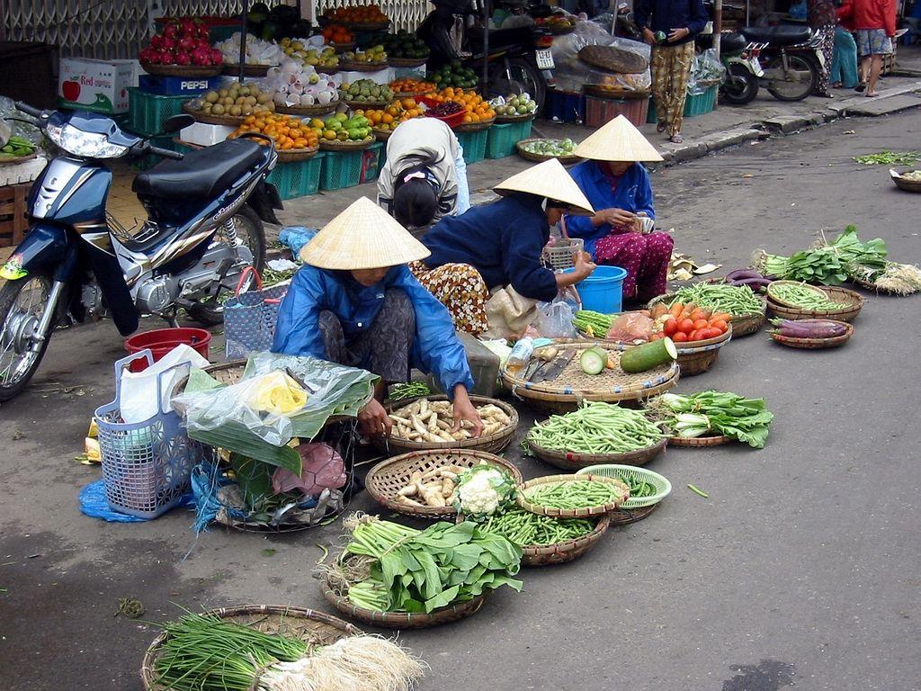 Street market: Da Nang, Vietnam. Love spending the mornings walking through the street markets!