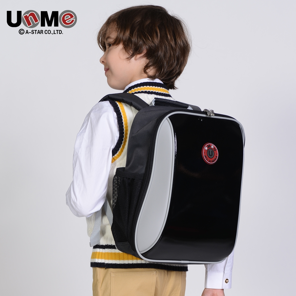 81.40$  Watch now - http://alikrn.worldwells.pw/go.php?t=32696754351 - UNME children schoolbag for grade 1-3 girls backpack Waterproof leather light for boy