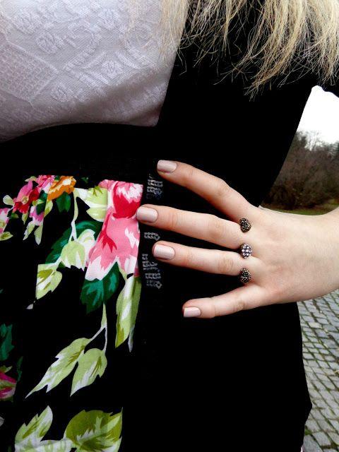heart two finger ring