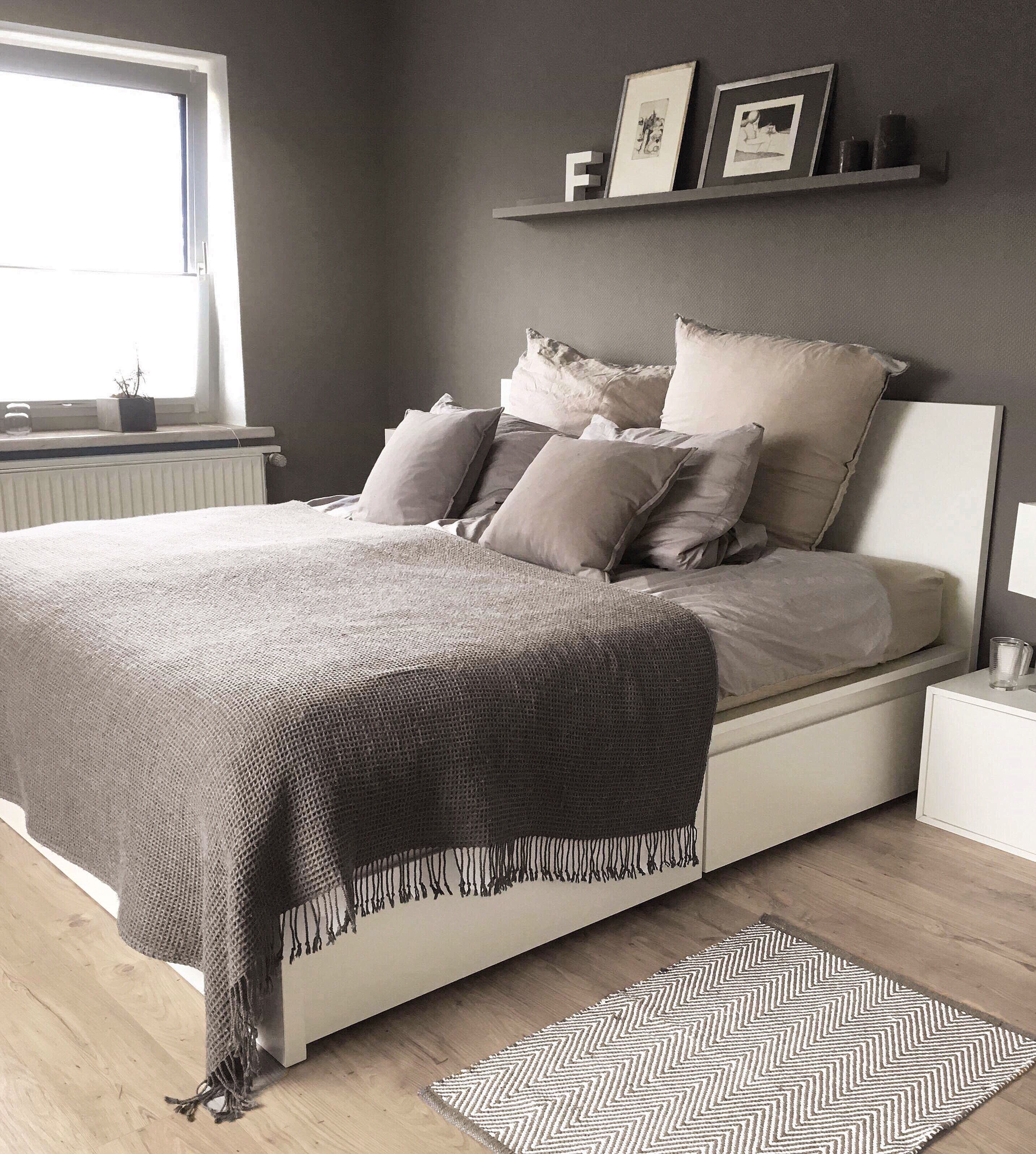 Malm Bett Grey Wall Cozy Bedroom Graues Schlafzimmer