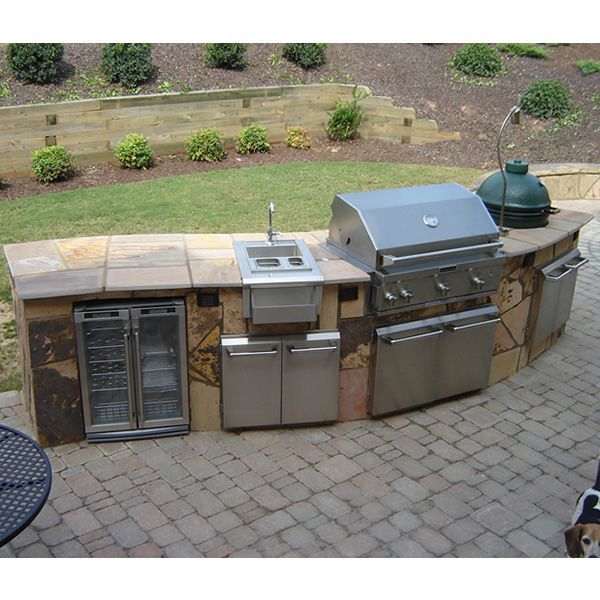 Curved custom outdoor kitchen c 01 for Outdoor kitchen barbecue grills