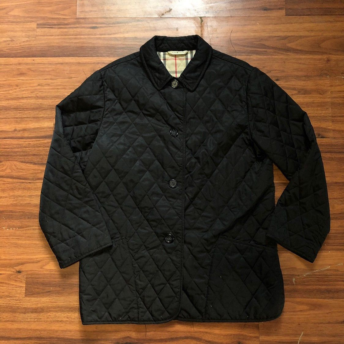 Vintage Burberry Quilted Jacket Coat There Is No Size Tag But I Would Say It Is A Women S L There Is Loo Burberry Quilted Jacket Plaid Coat Black Plaid