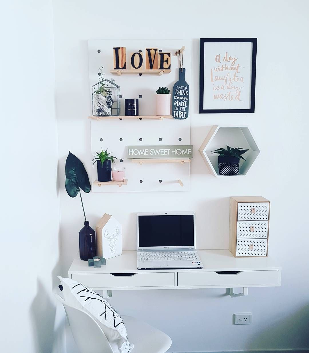 Small Study Nook Budget Small Spaces Study Room Small Small