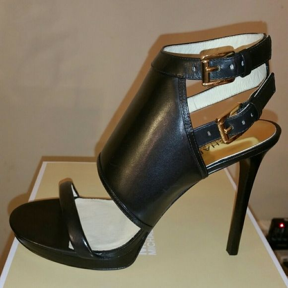 5e0bb97b6ab Spotted while shopping on Poshmark  Authentic Michael Kors Asta Sandal!   poshmark  fashion  shopping  style  Michael Michael Kors Asta Sandal  Shoes