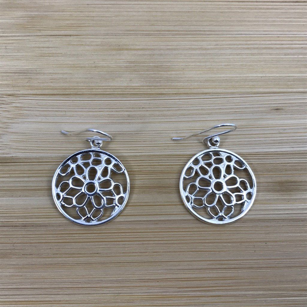 J hook nose piercing  Daisies Round Medal Silver Earrings  Rounding and Products