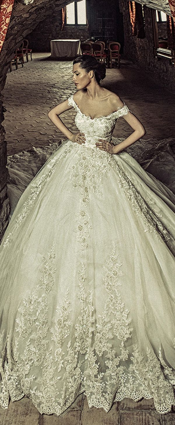 Attractive Tulle & Satin Off-the-shoulder Neckline Ball Gown Wedding Dresses With Beaded Lace Appliques