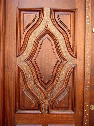 Resultado de imagen para puertas principales talladas en for Modelos de puertas de madera principales