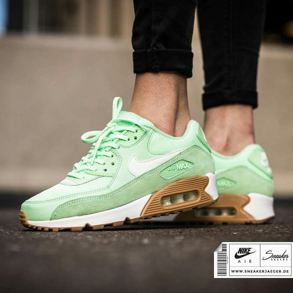 Nike AIr Max 90 Fresh Mint. Shop 'm hier ▶︎ http://snkrjg.rs/2mBFB5l Sneakerjagers.nl