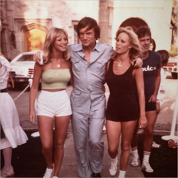 Hugh Hefner post tennis game, Playboy Mansion, 1977 - Imgur | 70s | Pinterest | Hugh hefner