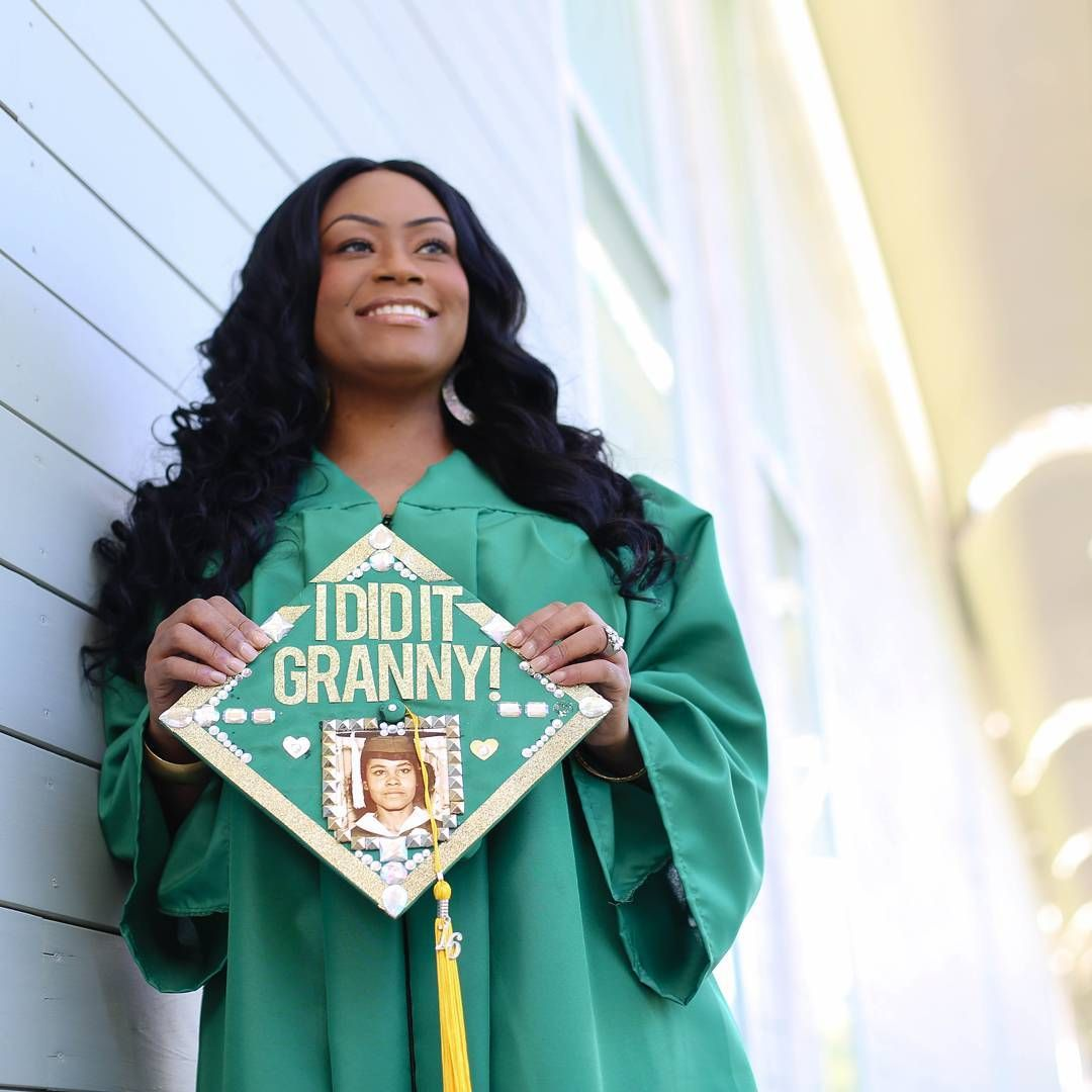 Nice Unt Cap And Gown Image - Top Wedding Gowns ...