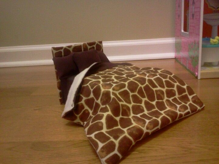 Barbie Bedroom In A Box: Tween Barbie Bed With Headboard And Bedding In Giraffe