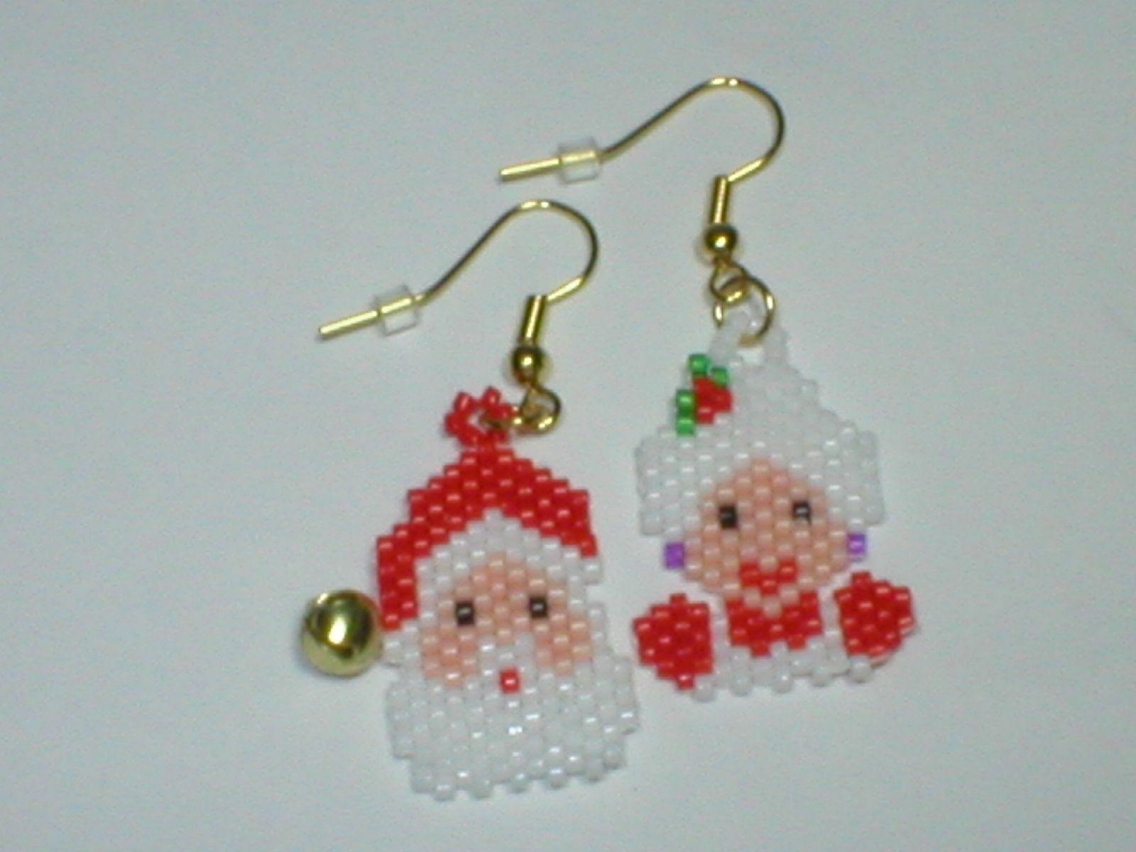 32d89acf3d233 Mr. and Mrs. Santa Claus | Beaded Christmas Earrings I Made | Santa ...