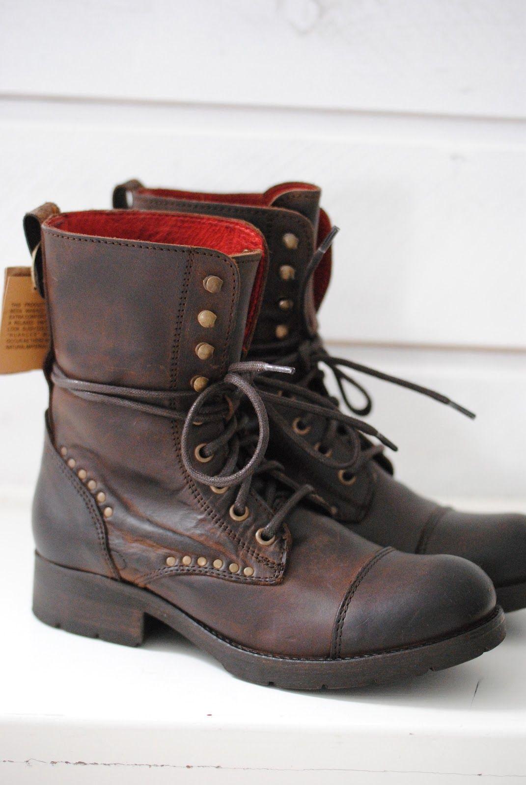 fb198c0d78399 Bottes En Cuir Marron · Fall boots from Village Koah   Biskopsgarden - Bottines  Lacets Femme
