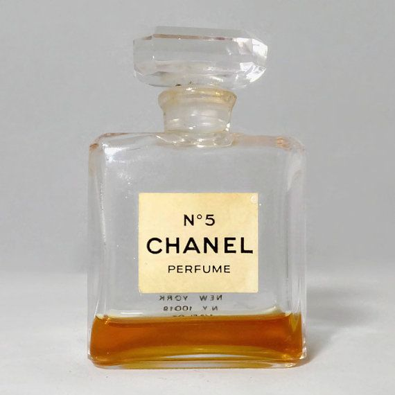 Vintage Chanel Perfume Bottle No 5 Perfume 1 2 Oz Bottle Original Label And Stopper Classic Large Collectible Vanity Chanel Perfume Bottle Chanel Perfume Perfume Bottles