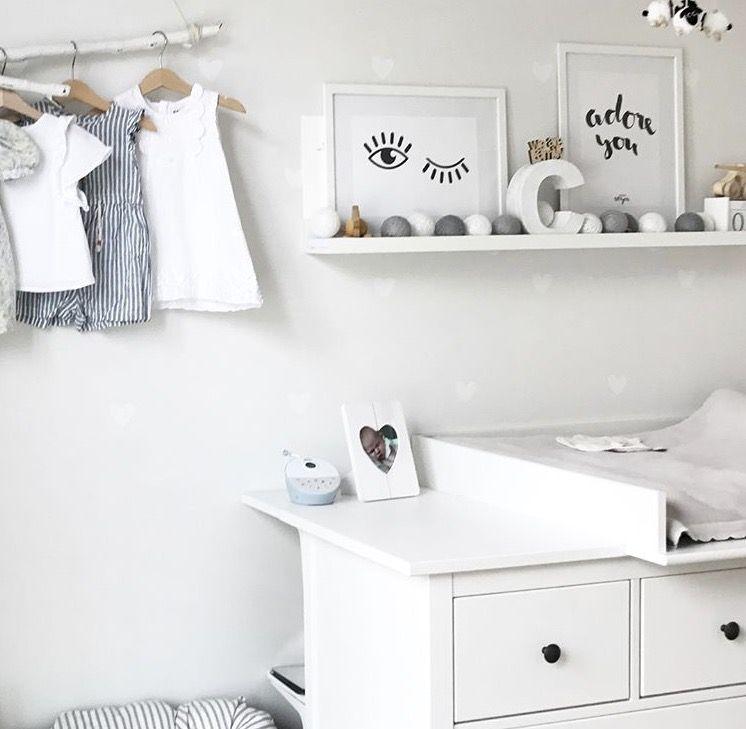 Kinderzimmer Babyzimmer Mädchenzimmer Details Hemnes Hemneshack Regal  Kleiderstange Ast Ikea