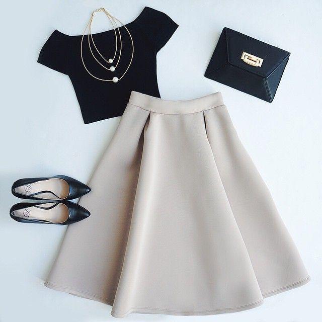 pin von kylie dawson auf clothing pinterest kleider outfit und anziehsachen. Black Bedroom Furniture Sets. Home Design Ideas