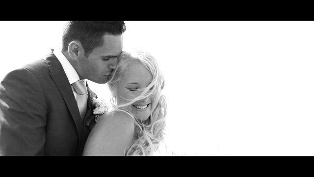 Bekijk de prachtige trouwreportage van Denise & Alex. Ook een mooie trouwclip van jouw dag (same-day-edit)? Ga naar www.beeldkracht.nl/trouwfilms