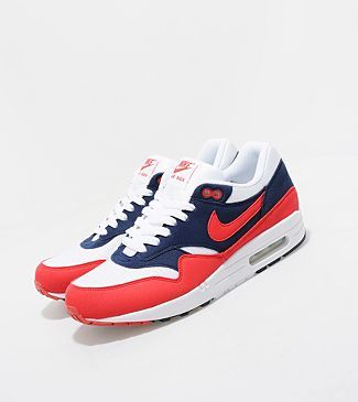 Nike AIr Max 1 kicks…must have addition to the collection for summer.  kick porn
