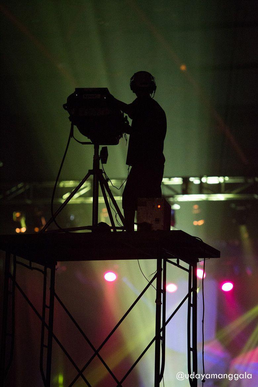 lighting technician. Lighting Technician Job Information | National Careers Service Tech / Sound Rigging Live Performance Pinterest Films G