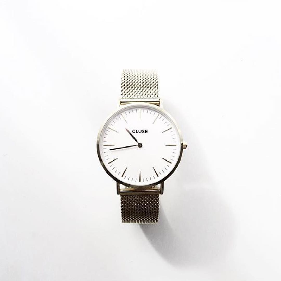 """""""It 's all about perfect timing #CLUSE #watch #gold #mesh #minimal #white #fashion #style"""""""