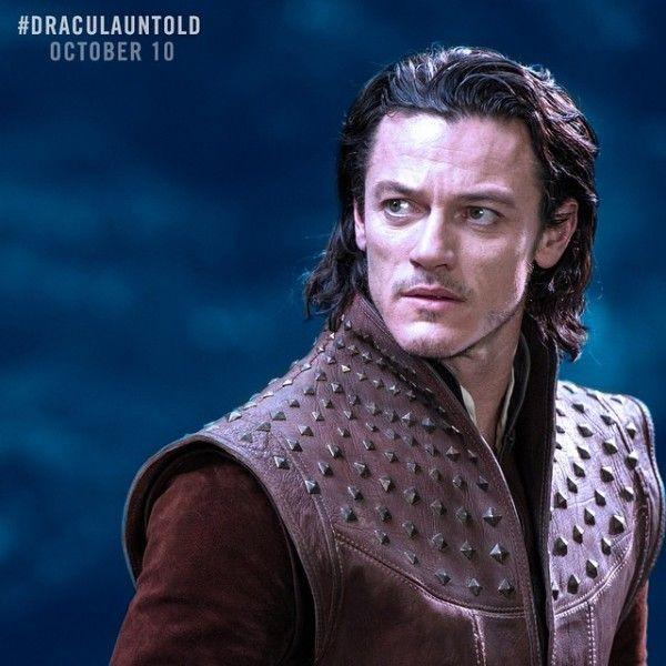 Luke Evans Dracula Unt...