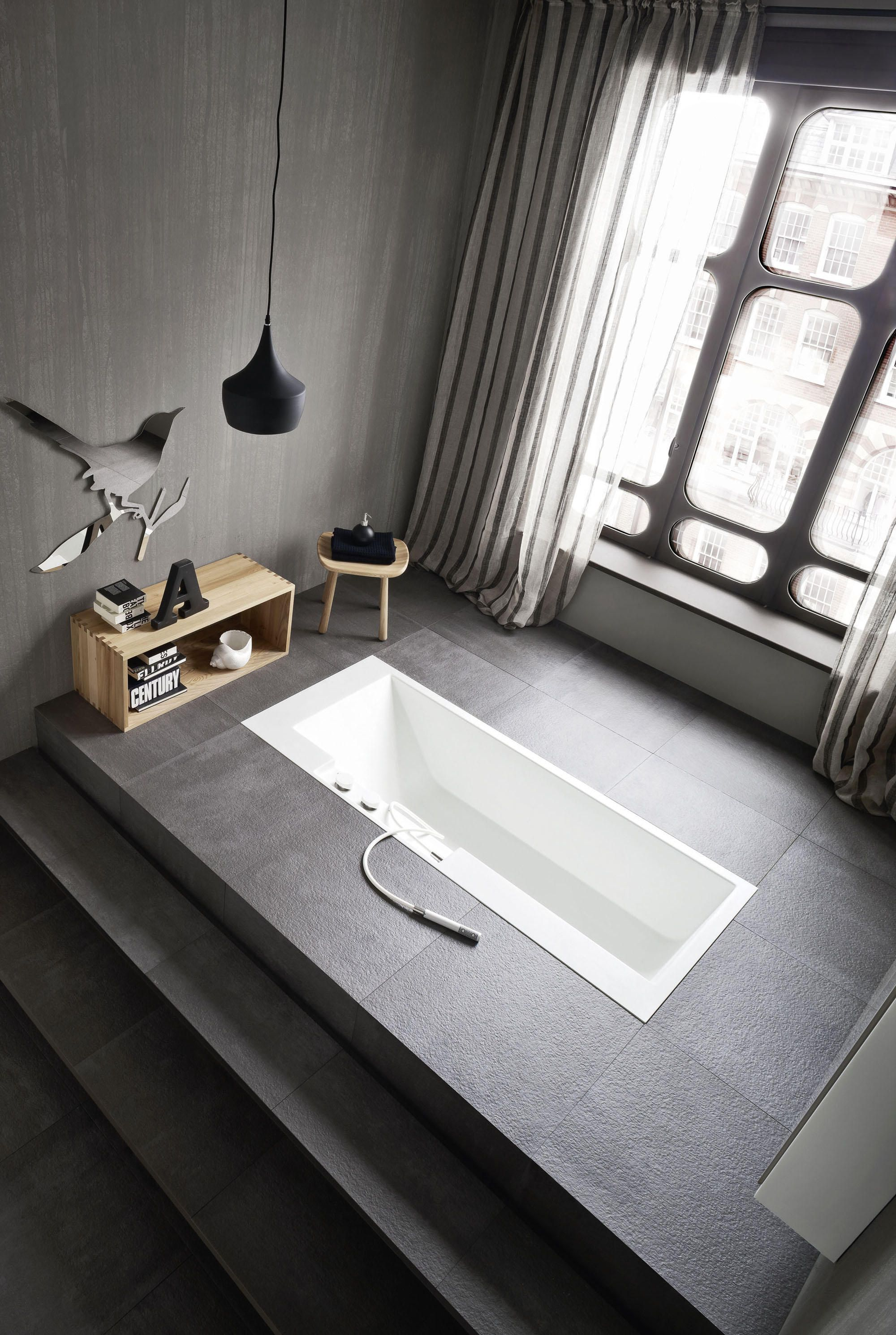Ergo Nomic Recessed Bathtub By Rexa Design Built In Bathtubs