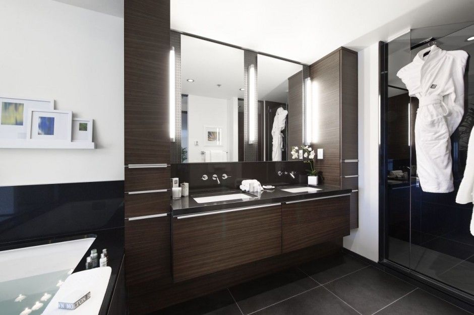 Simple Concept For Creative Germain Calgary Hotel Large Modern Bathroom Interior 940