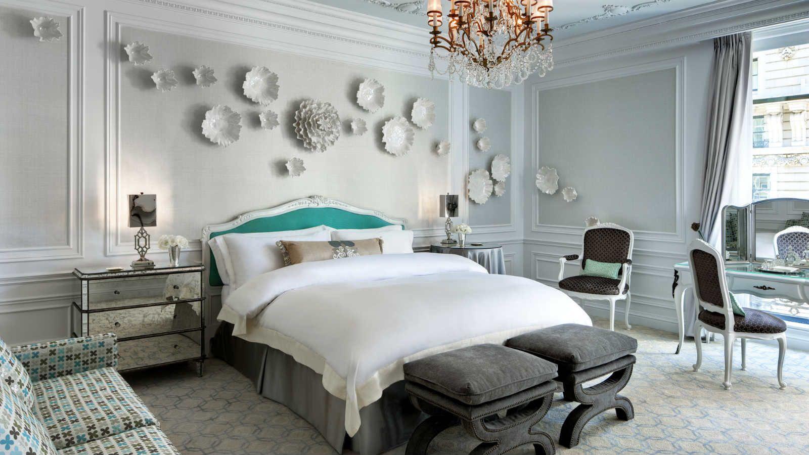 Camere Da Letto Verde Tiffany : Tiffany suite at the st. regis new york where the signature tiffany