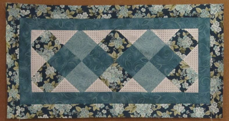 Happy New Year And A Free Table Runner Pattern Quilted Table