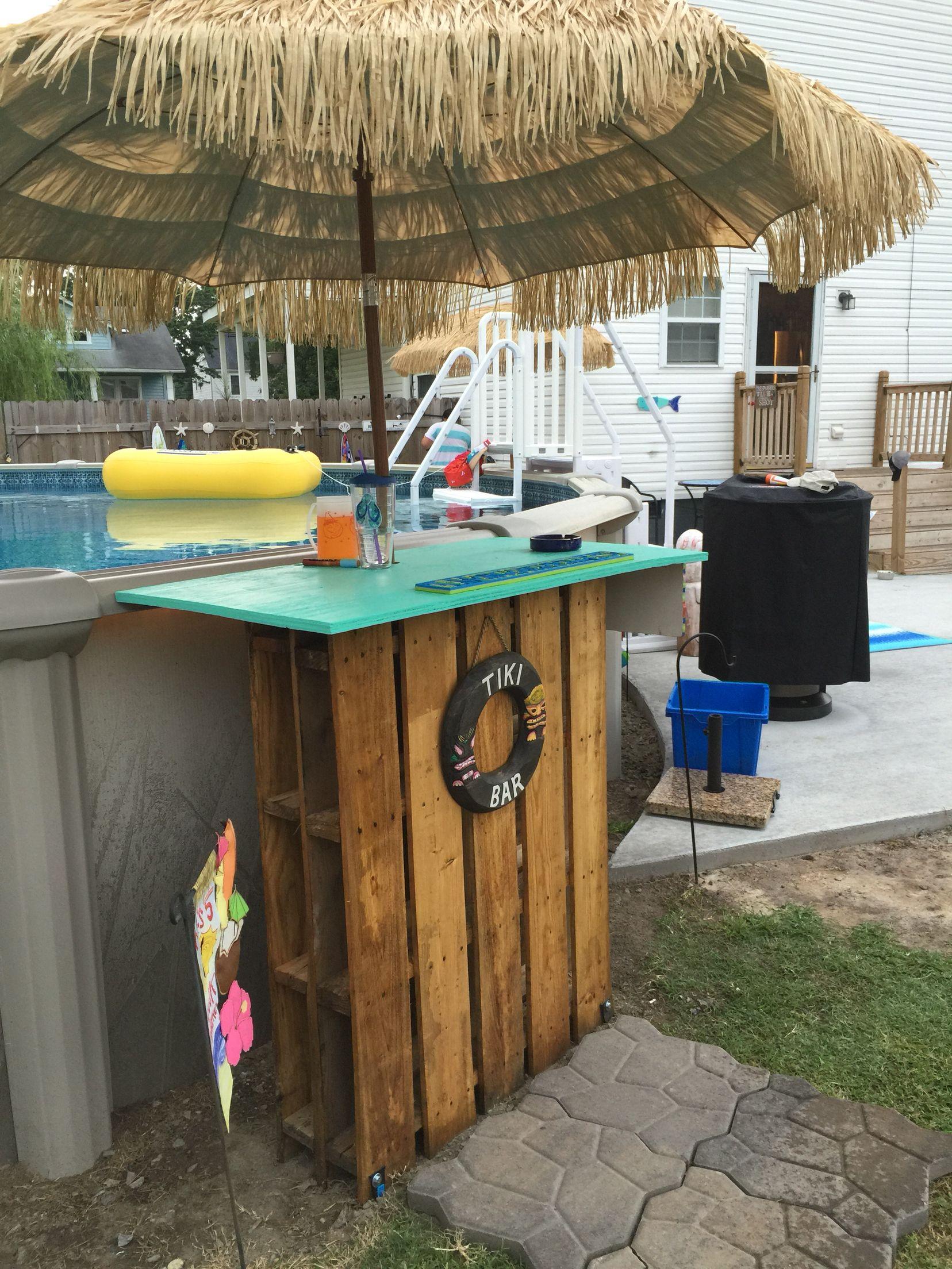My Other Swim Up Pallet Tiki Bar Pallet Pool Diy Swimming Pool Pool Decor Diy backyard swim up bar