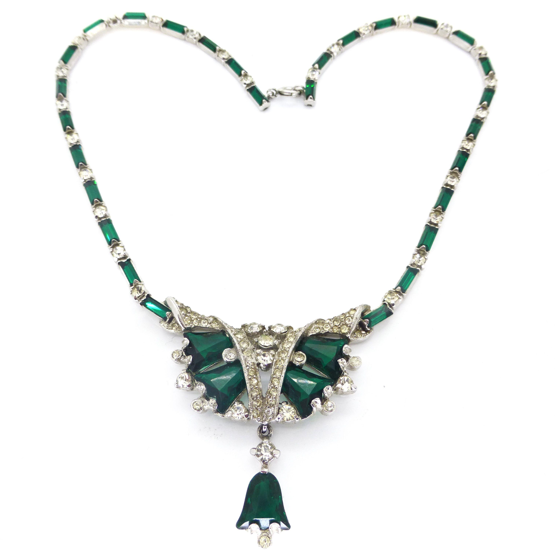 Vintage Art Deco Rhodium Plated Green Glass Rhinestone Regency Necklace | Clarice Jewellery | Vintage Costume  sc 1 st  Pinterest & Vintage Art Deco Rhodium Plated Green Glass Rhinestone Regency ...