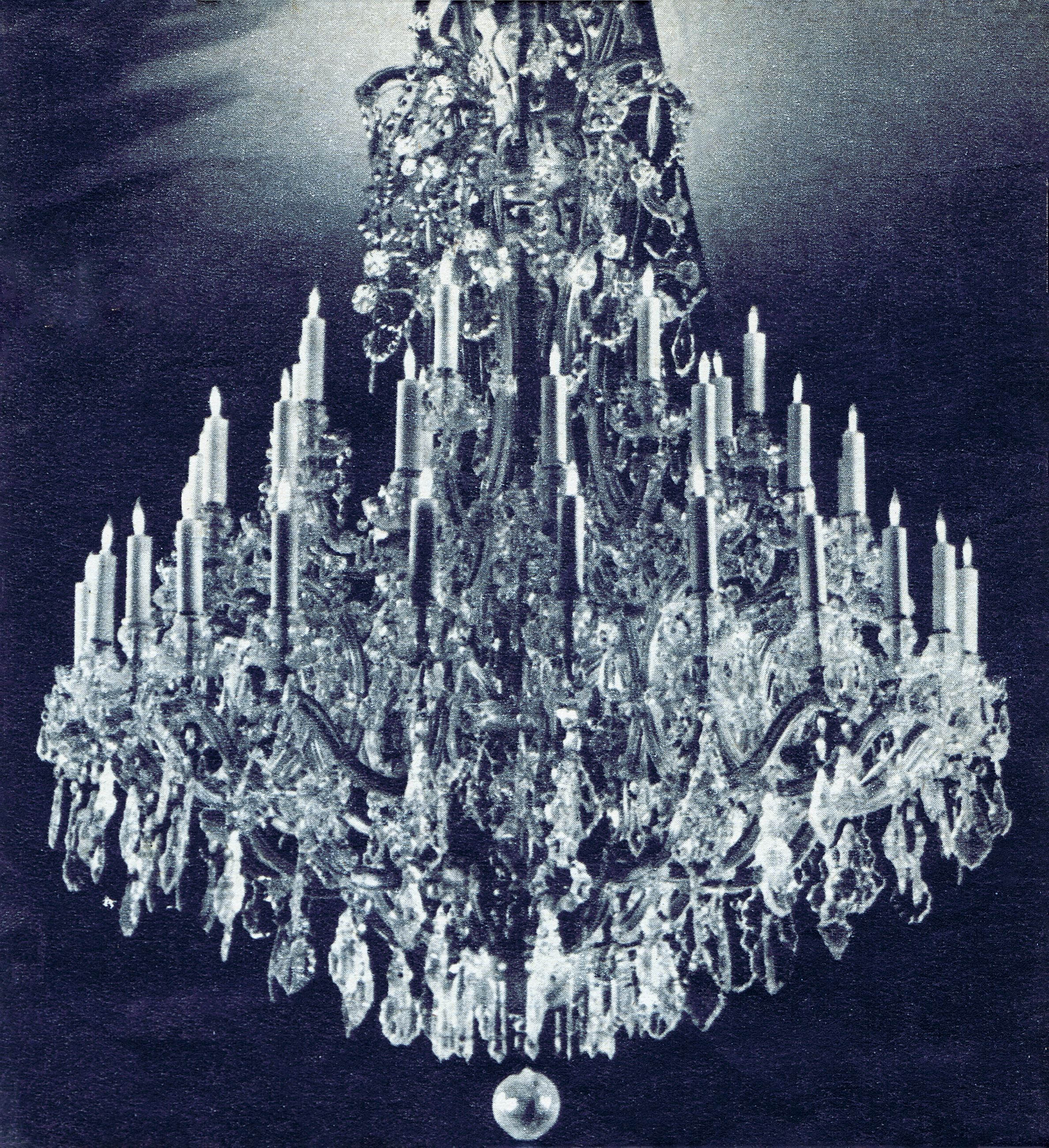 One of the beautiful crystal chandeliers that graced the main floor of hesss department store allentown pa