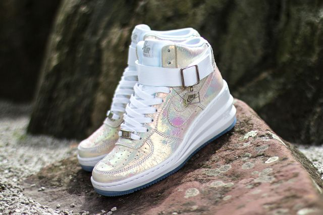 bebc4fb497af Here we have a hot Nike WMNS Lunar Force 1 Sky Hi that makes will have you  shining bright all Summer long.