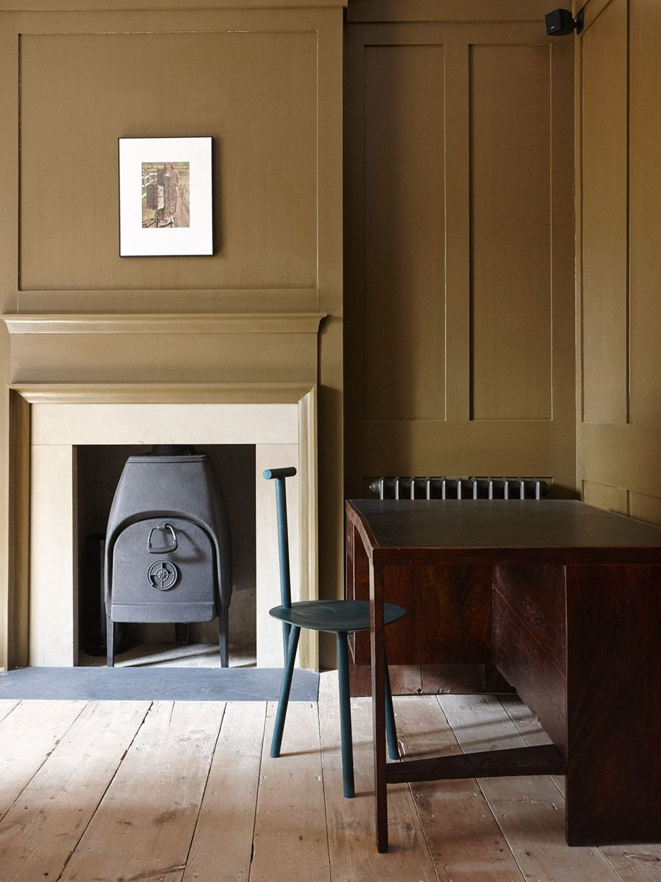 Fashion Brand Hostem S First Guesthouse Is Housed In A Refurbished Georgian House In Whitechapel London London House Georgian Homes Home