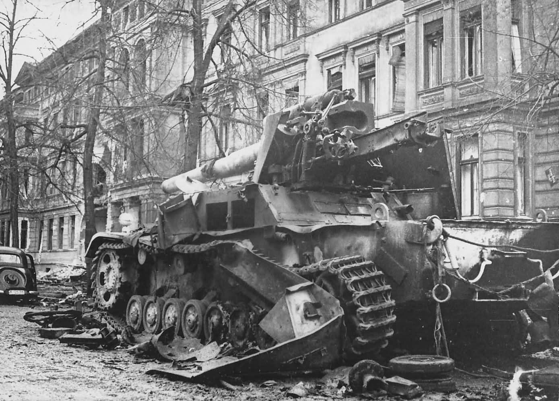 Hummel , Berlin 1945 Военный, Вторая мировая война, Танк